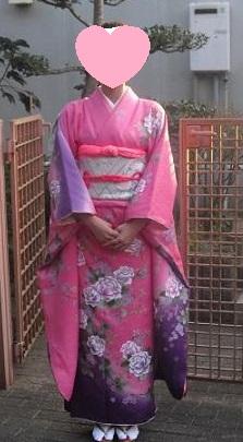 ピンクの着物