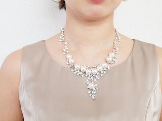 ダイヤとパールのネックレス