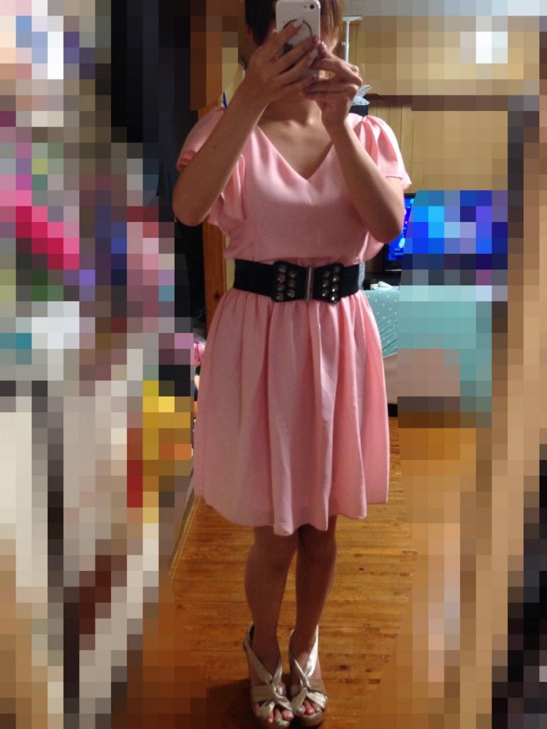 クリーミーピンクドレスのコーディネート