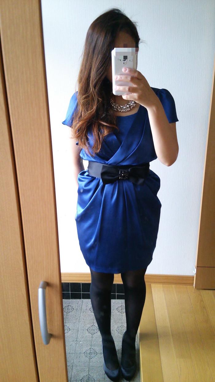 スコットクラブのロイヤルブルーのドレス