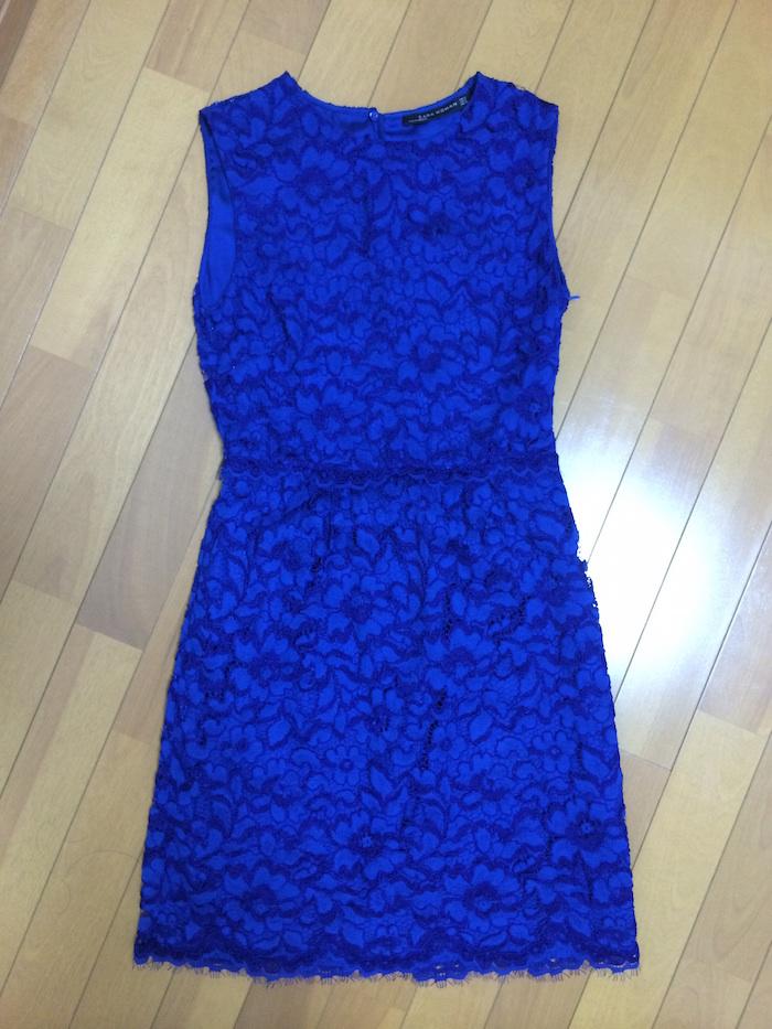 上品なブルーで総レース地のドレス単品