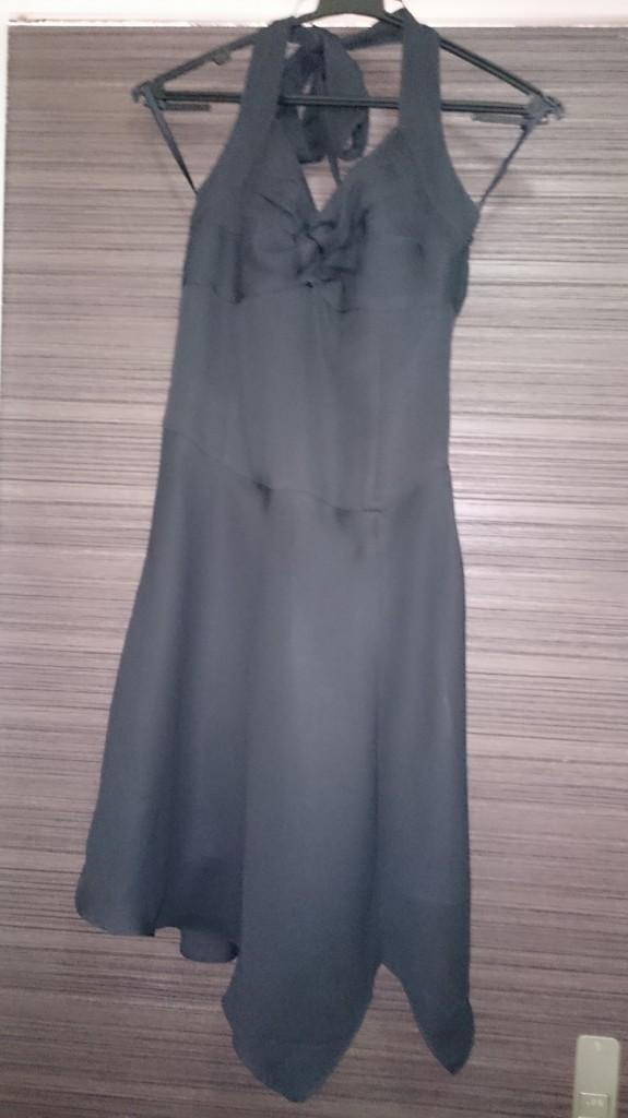黒のドレス