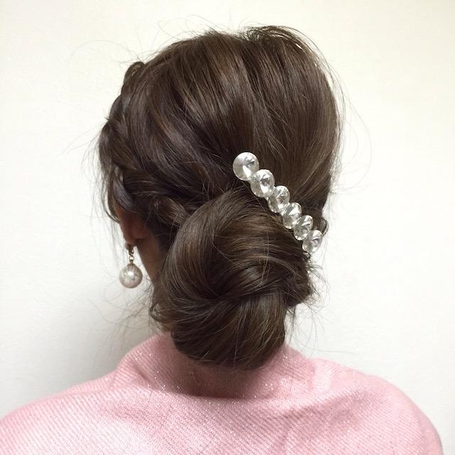 ビジューバレッタ_サイド三つ編みくるりんヘア