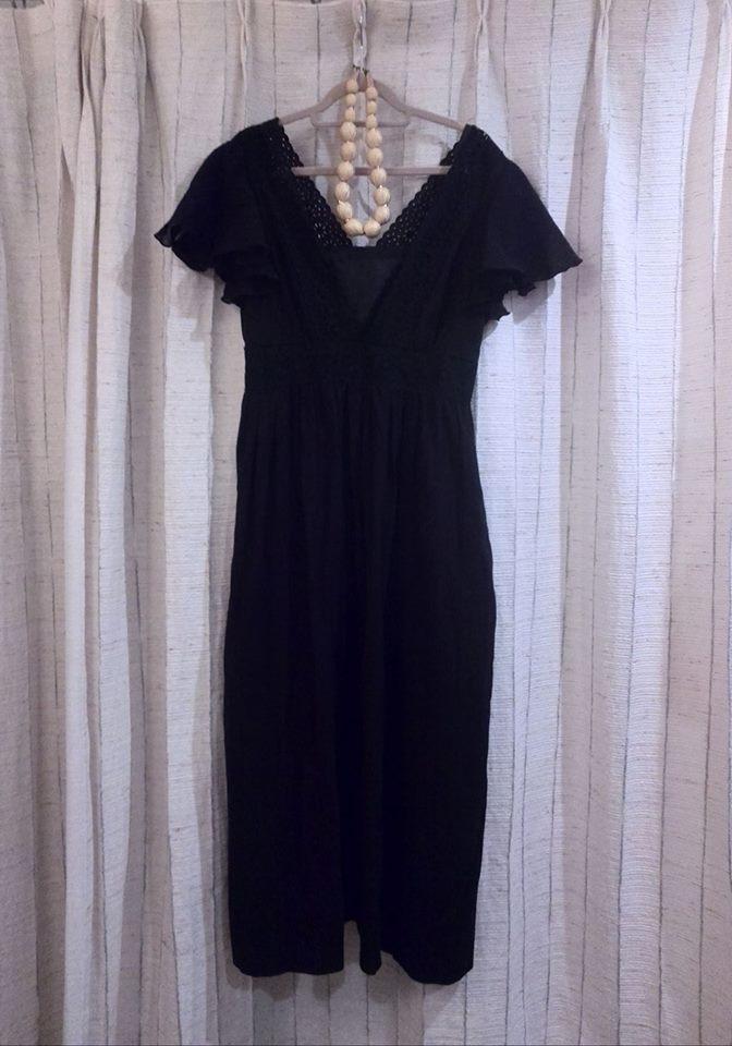 マタニティ黒ドレス